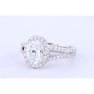 Danhov Halo Diamond Engagement Ring  PL128-OV